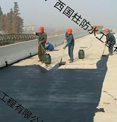 桥梁防水施工现场